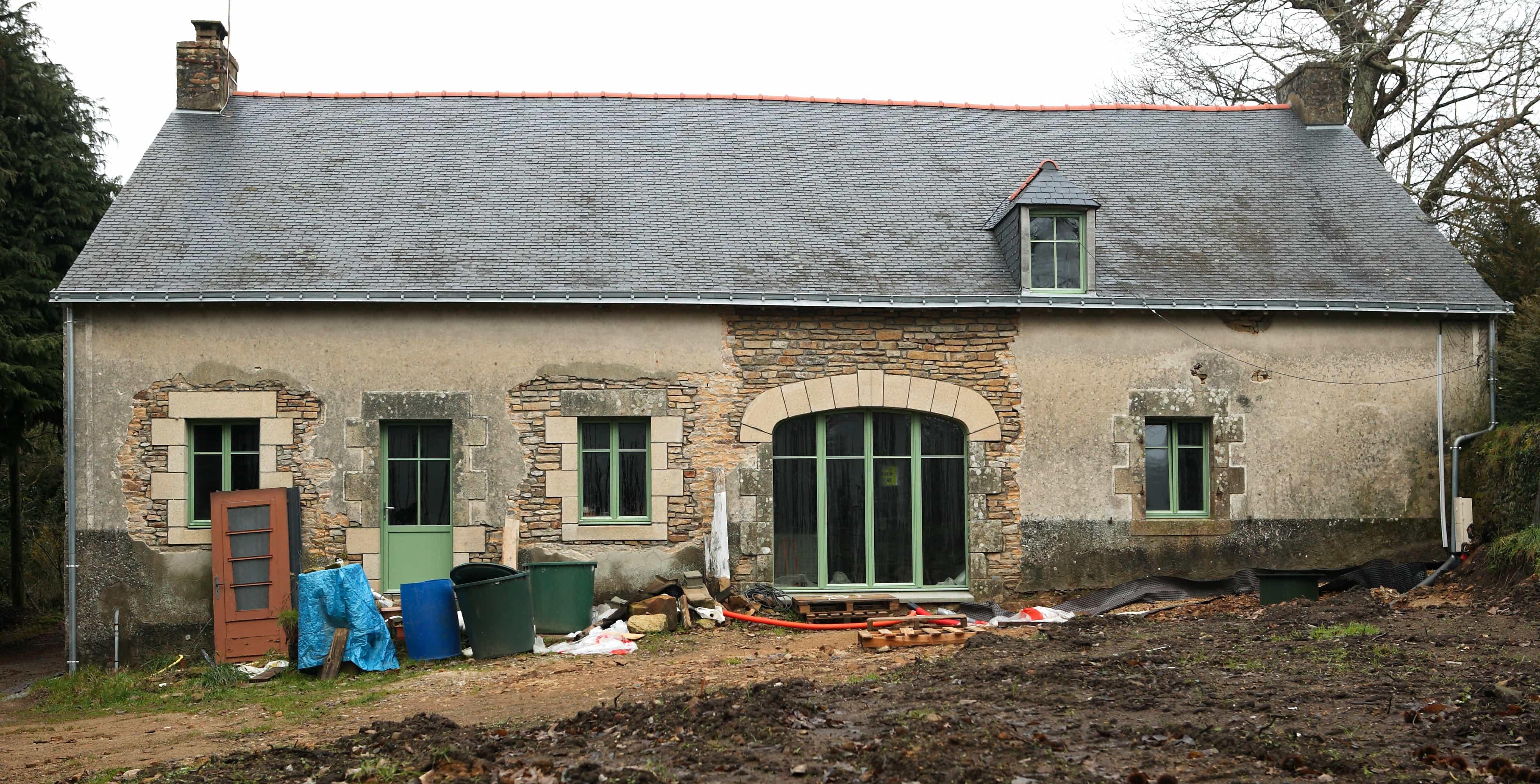 R novation d 39 une long re baer architecture for Renovation longere